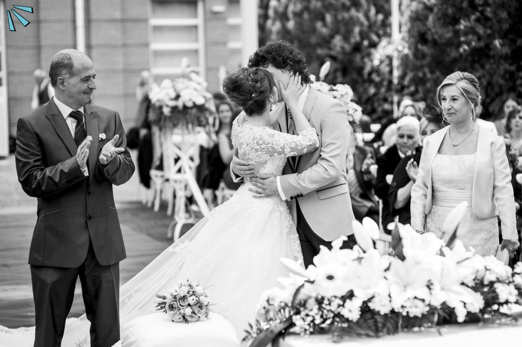 Bodas en blanco y negro, Fotógrafos de bodas en Logroño, la Rioja, Navarra, Restaurante Villacañas